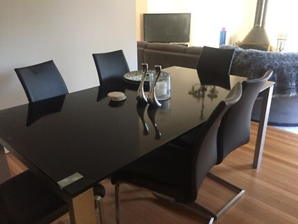 Harvey Norman Glass Dining Table And 6 Chairs