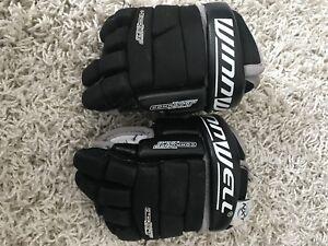 "Winnwell 9"" hockey gloves"