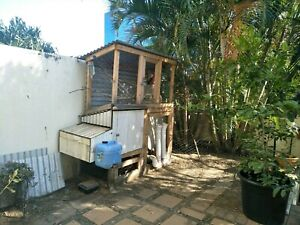 Chicken coop with built on aviary