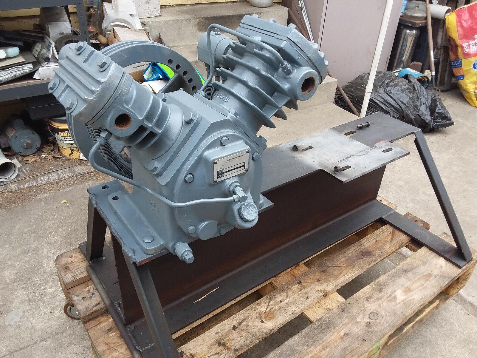 New Ingersoll Rand Air Compressor Pump 242 T30 30T in Los An