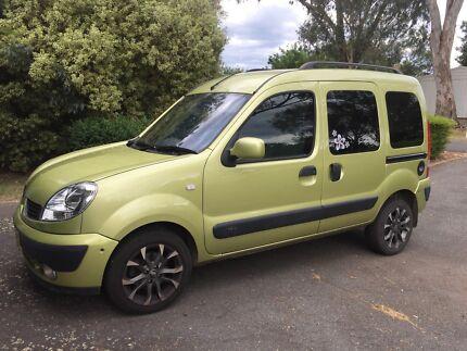 Renault Kangoo Wheelchair Accessible Vehicle