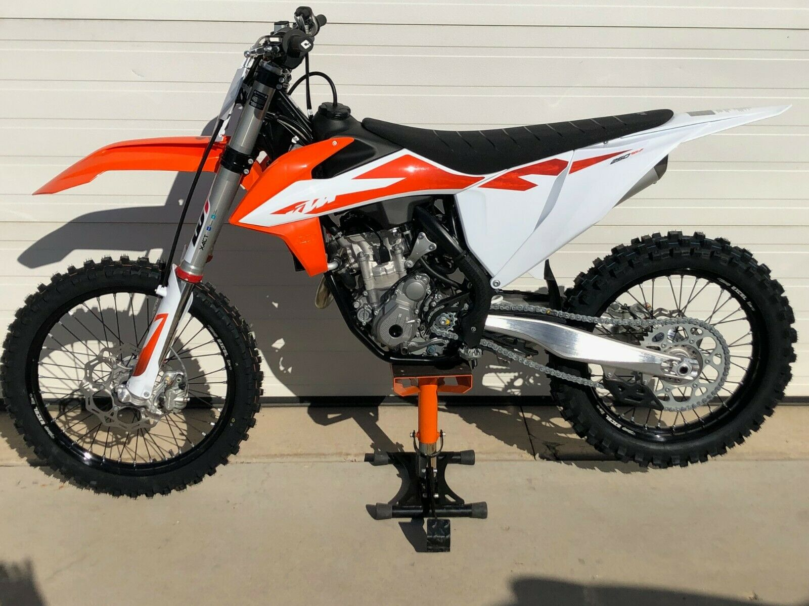 Picture of A 2020 KTM SX