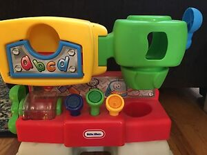 Little Tikes preschool cause and effects workbench