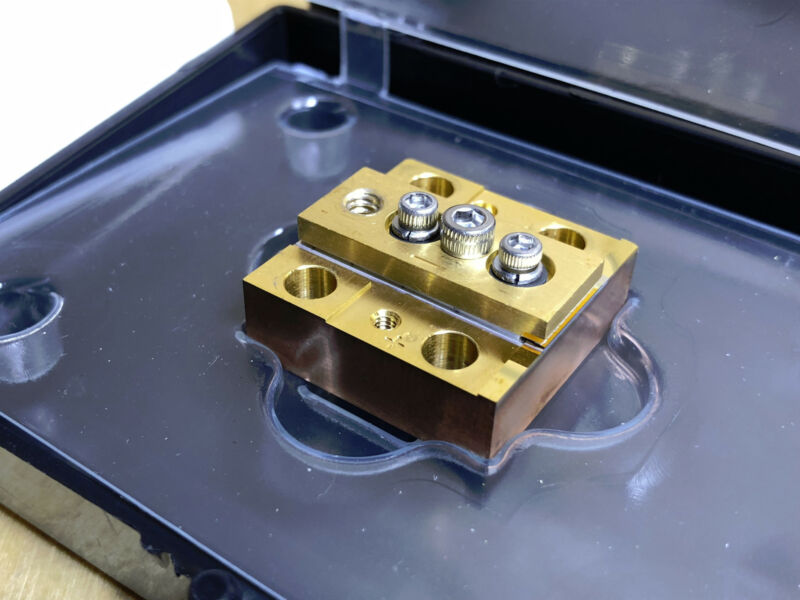 High Power 798nm 40W CS-Mount Laser Diode Bar CCP Tested