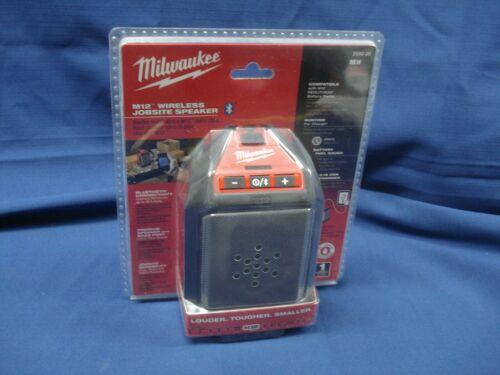 NEW #2592-20 Milwaukee Wireless Bluetooth Jobsite Speaker M-12  LQQK