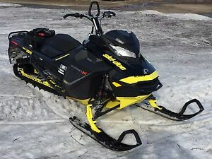 2017 Ski Doo Summit X