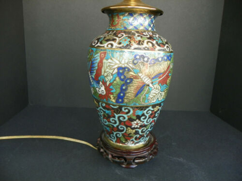 ANTIQUE JAPANESE CHAMPLEVE ENAMEL CLOISONNÉ TABLE LAMP W/ BUTTERFLY MOTIF