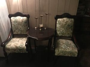 Vintage set chairs and table