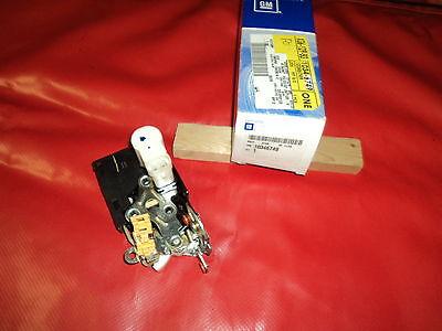 Corvette 2000-2004 Power Door Lock Latch w/Actuator RH  00 01 02 03 04