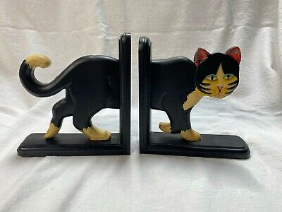 Wooded Carved Painted Black White Cat Bookends Folk Art Made in Indonesia