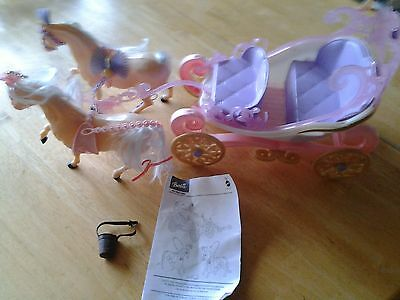 Mattel Barbie The Princess and the Pauper Royal Kingdom Carriage 2004