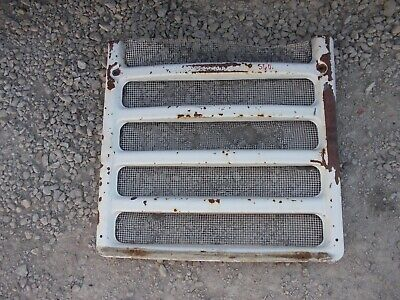 Farmall 560 460 Rowcrop Tractor Front Nose Cone Grill W Screen