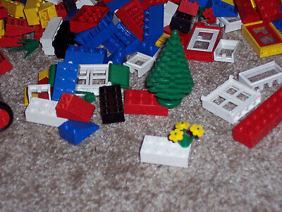 Vintage Lego Set Car and House Excellent Condition
