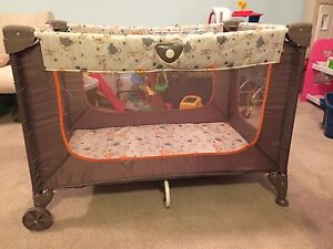 Pack 'n Play Playpen