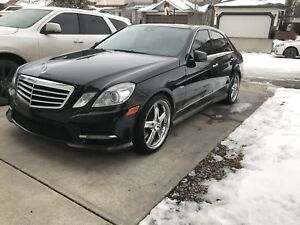 2012 Mercedes E550 **MINT CONDITION**