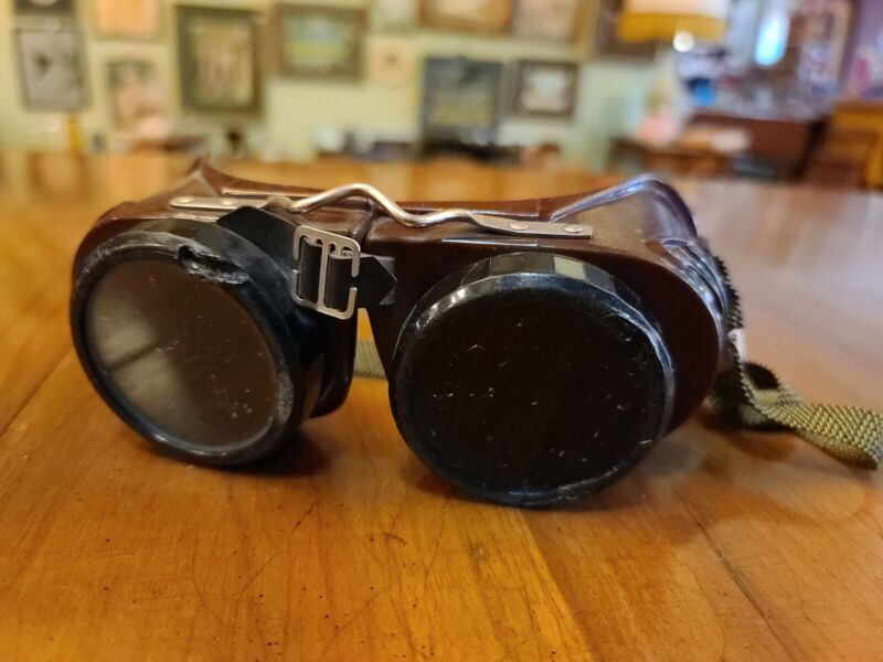 Vintage Welding Goggles Welsh Mfg. Co. Steampunk Glasses Type B USA