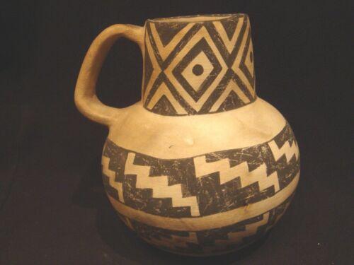 MICHAEL KANTEENA Laguna Pueblo Pottery Pitcher White Clay w/Black Geometric