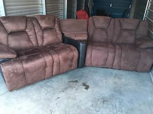 BUTLER 2 TONE 3 PIECE RECLINING SECTIONAL