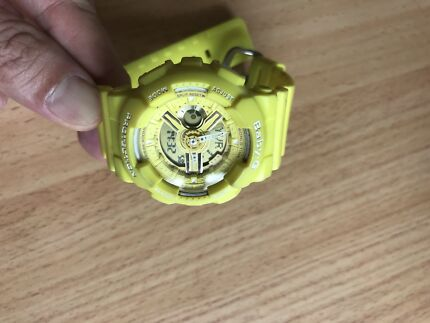 BABY G SHOCK WATCH ** WOMAN YELLOW * PERFECT CONDITION