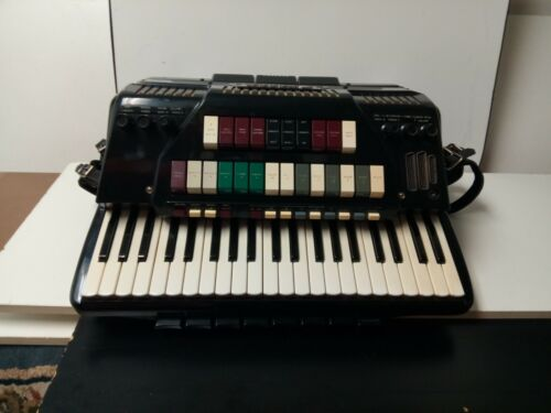 Vintage Cordovox Super V 120/41 Full-Size Piano Accordion Made In Italy