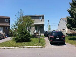 Maison - à vendre - Saint-François - 15059735 West Island Greater Montréal image 1