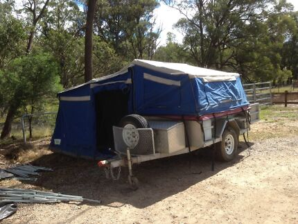 Off road camper Bullaburra Blue Mountains Preview