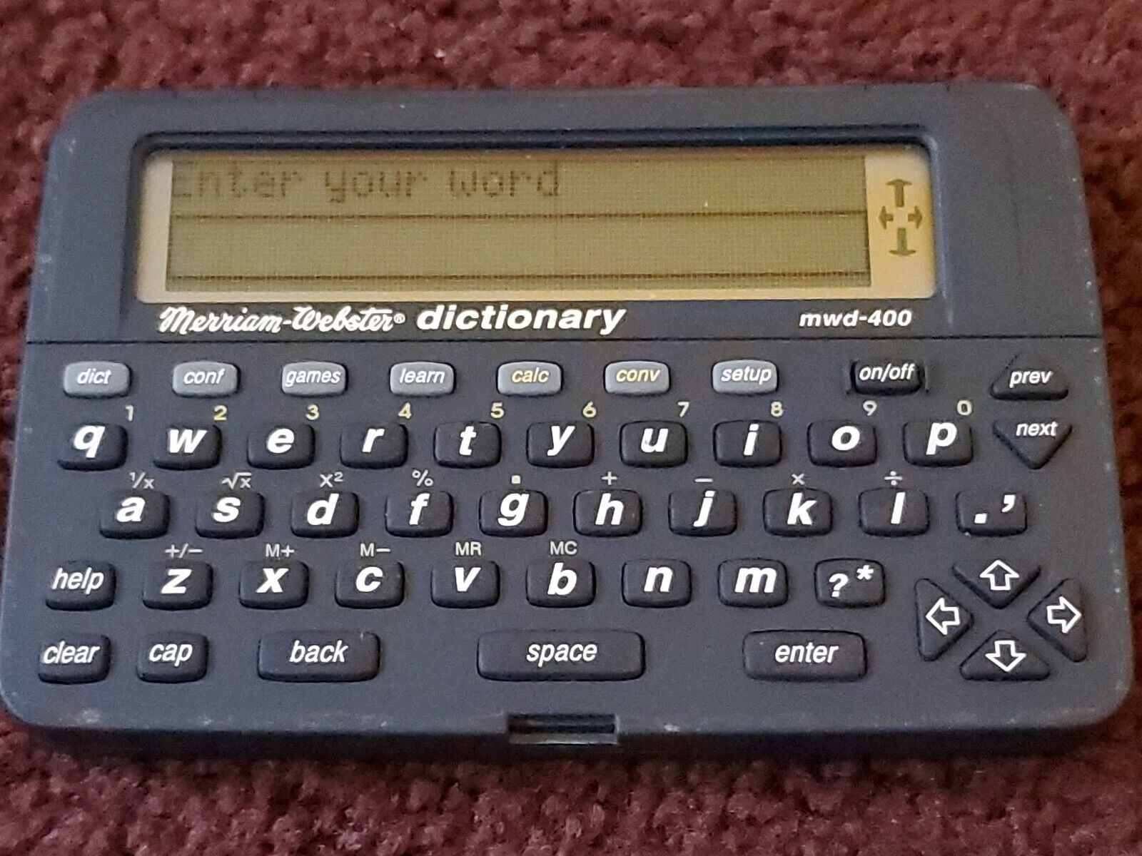 FRANKLIN MWD-400 MERRRIAM WEBSTER ELECTRONIC PROTABLE POCKET DICTIONARY W/ GAMES