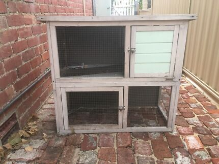 Small hutch for guinea pigs
