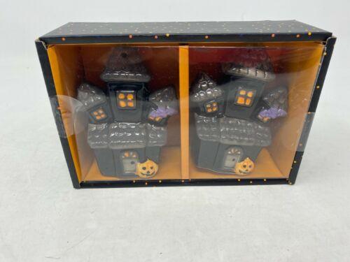 New Haunted Mansion Salt & Pepper Set  Cer0808-921