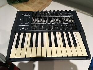 Arturia MINIBRUTE Monophonic Analog Synth
