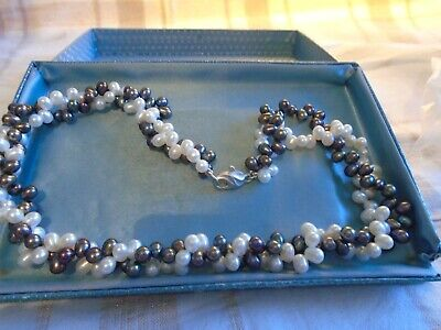 HONORA BLUE + WHITE PEARL NECKLACE SILVER CLASP