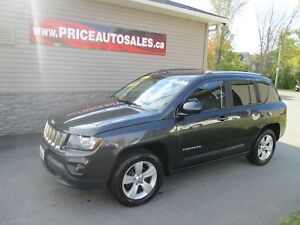 2014 Jeep Compass LEATHER SEATS!!!