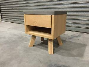 - CONCRETE AND AMERICAN OAK CONSOLE- SIDE TABLE- NEW - Richmond Yarra Area Preview