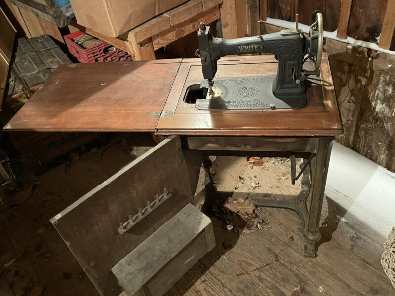 Vintage White Sewing Machine  Cabinet  1929 Square Wood Accessories