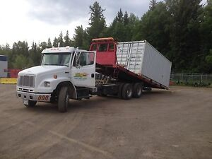 Frieghtliner fl106 (comes with a job)