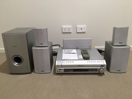 Pioneer 5.1 surround system (AV receiver with 5 tray DVD)
