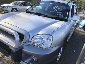 Hyundai Santa Fe 2002 Auto Wagon 182678 ks