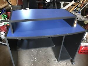 STUDY TABLE FOR CHEAP $