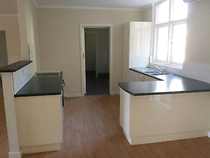 Kitchen Second hand 2. S&L Salvage O'Connor Fremantle Area Preview