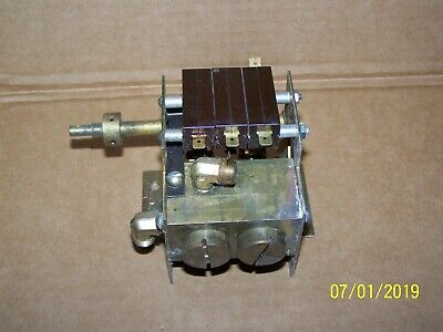 Pelton Crane Ocm Fillvent Valve-3 Switches-used-good--sterilizer Autoclave