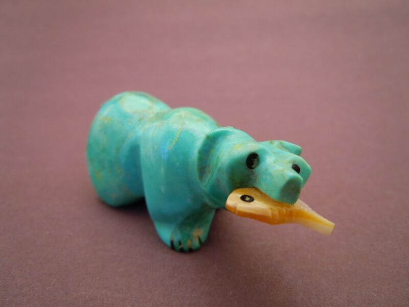 turquoise blue Zuni walking Bear with pearly Fish fetish carving Andres Quam 56