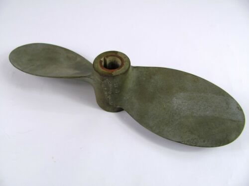 Propeller Michigan Sailer 2 Blade Prop Brass 12 RH 7 -12 77 Boat