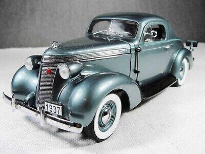 1/24 Scale 1937 Studebaker Dictator Coupe Die Cast Model Car w Box Danbury Mint