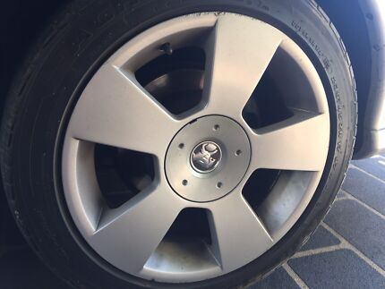 Holden Commodore 17Inch Rims and Tyres - SVZ Wheels