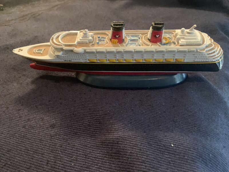 SS Disney Magic/model-10 inches long⚓️