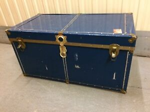 Vintage Steamer Trunk/Coffee Table
