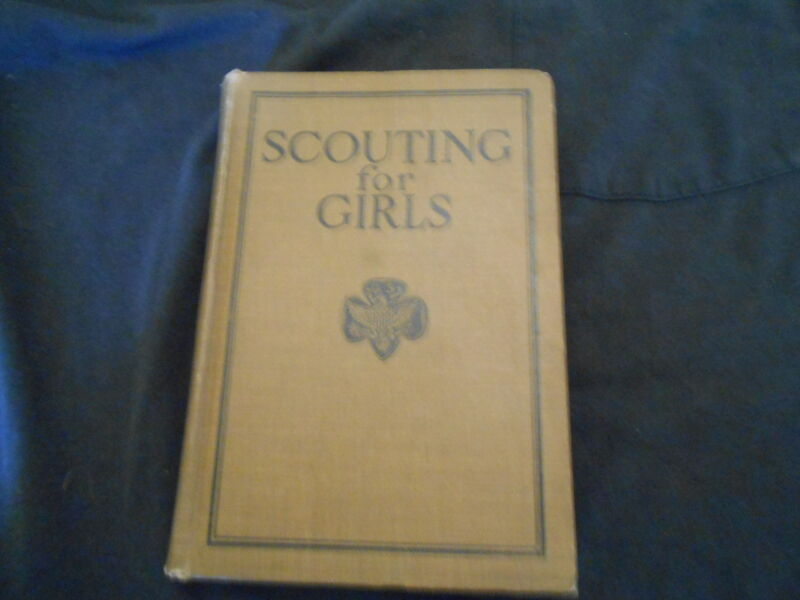 Scouting for Girls 1926 ,         723A