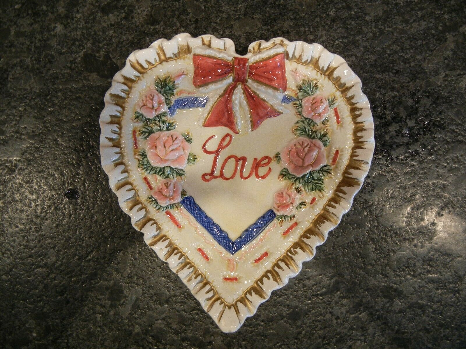 Fitz & Floyd Omnibus LOVE Plate Valentines 3D Heart Plate 1996