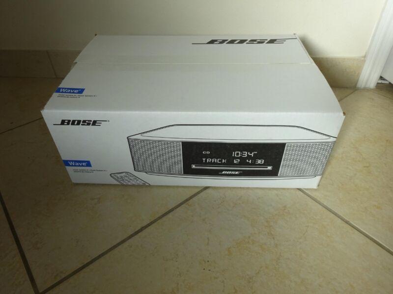 NEW SEALED Bose Wave Music System IV CD PLAYER Radio Alarm  PLATINUM SILVER