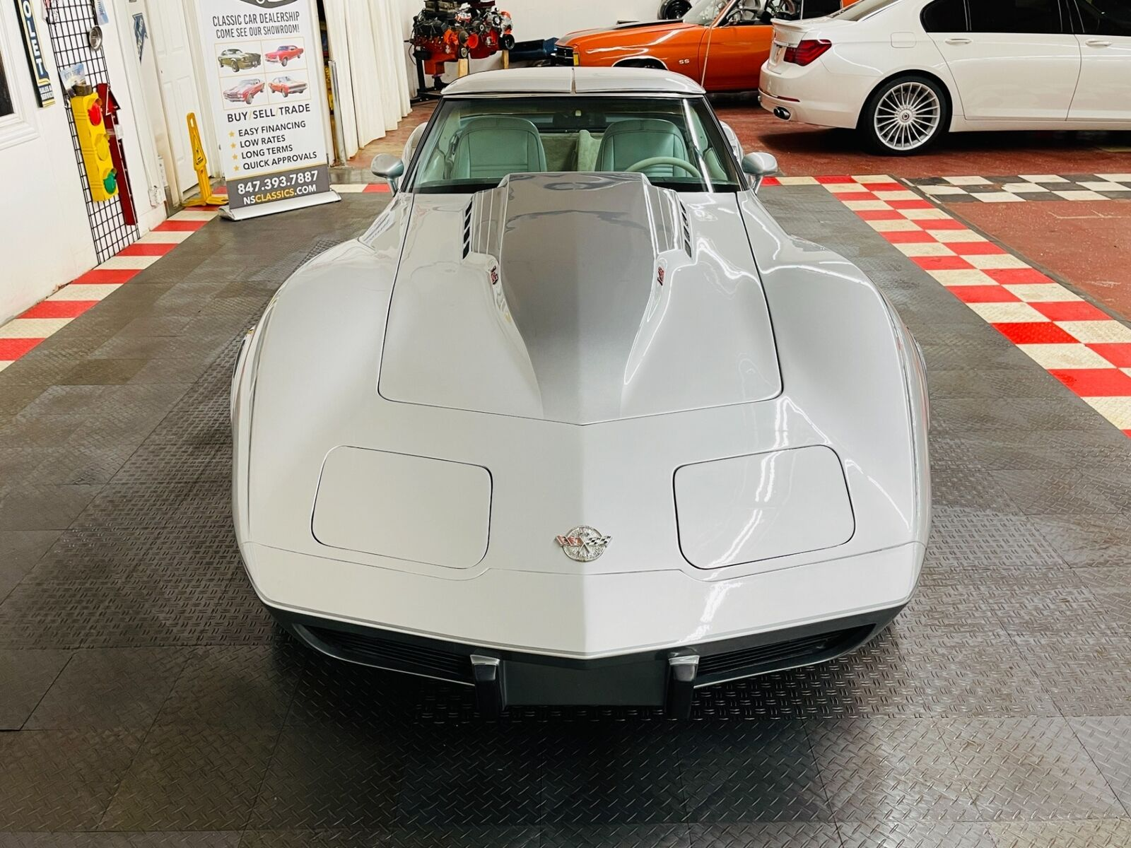 1978 Silver Chevrolet Corvette   | C3 Corvette Photo 5
